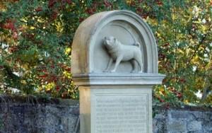 Mopsdenkmal Winnenden